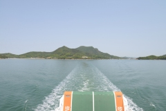 船からみた豊島